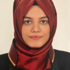 Lawyer Esra Uymaz Saral